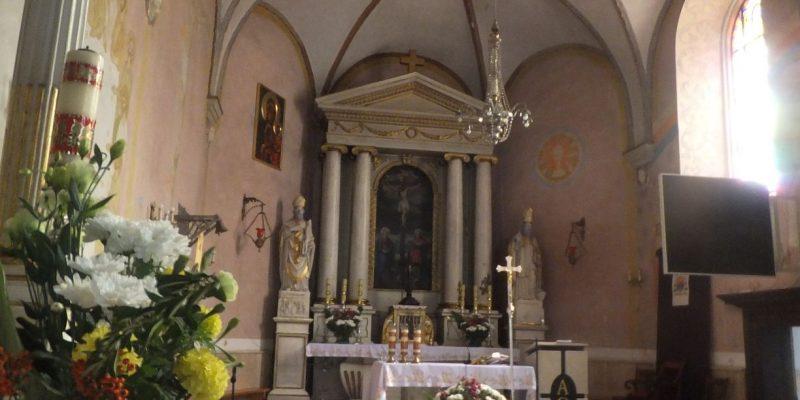 sOłtarz główny w kunowskim kościele